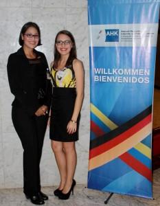 Ana Chenche (links) und Karelys Laya (rechts), Auslandsvertretung Venezuela,