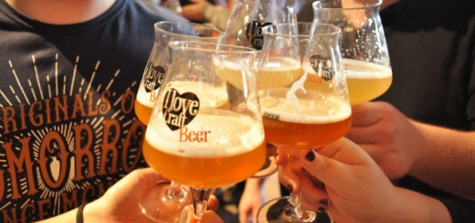 people get together and drink some craftbeer