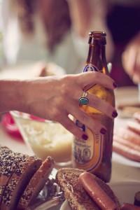 Für viele Frauen galt Bier lange Zeit als langweiliger Anti-Drink. Diese Zeiten sind (zum Glück) vorbei.