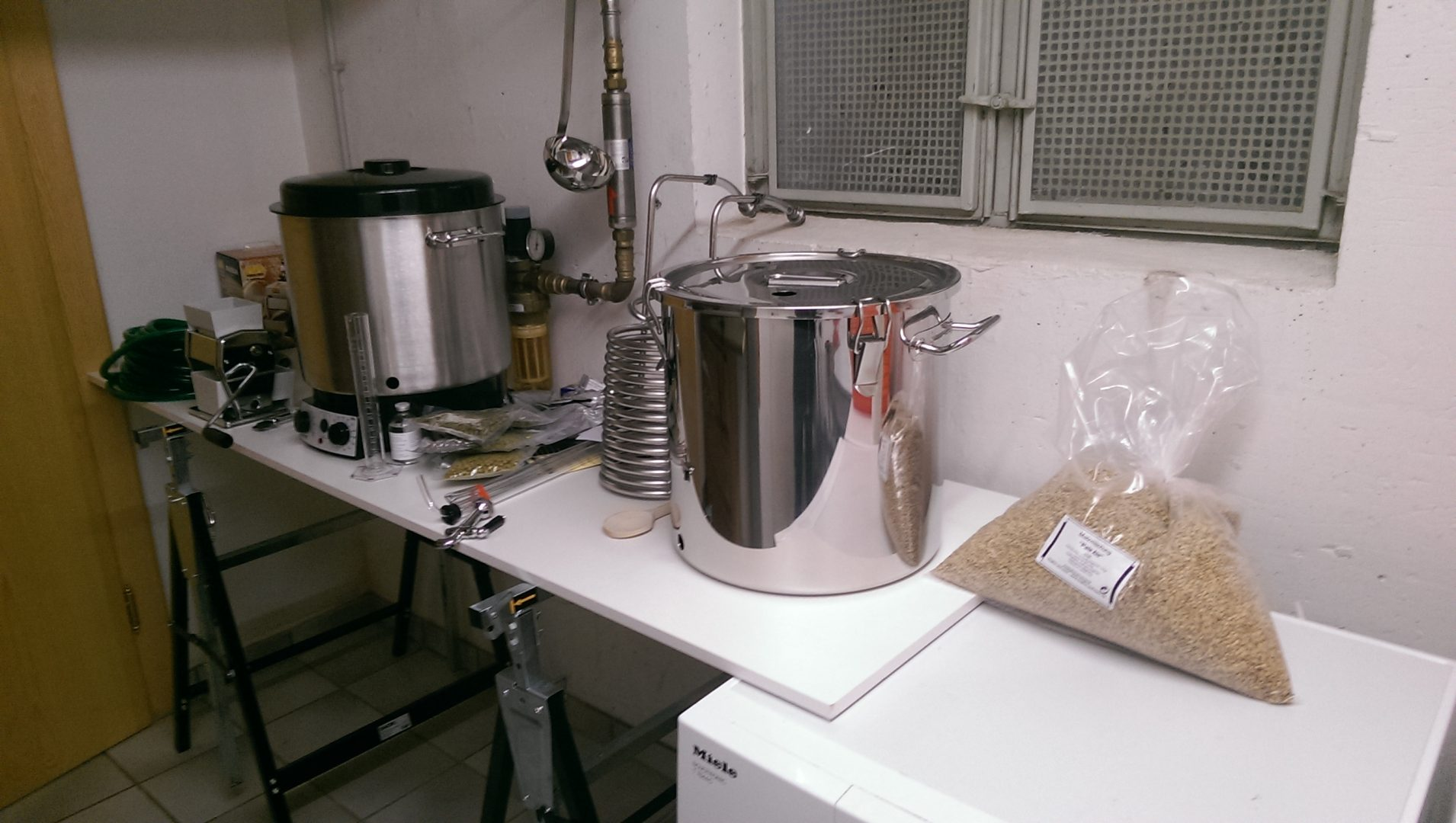 an equipment for homebrewing