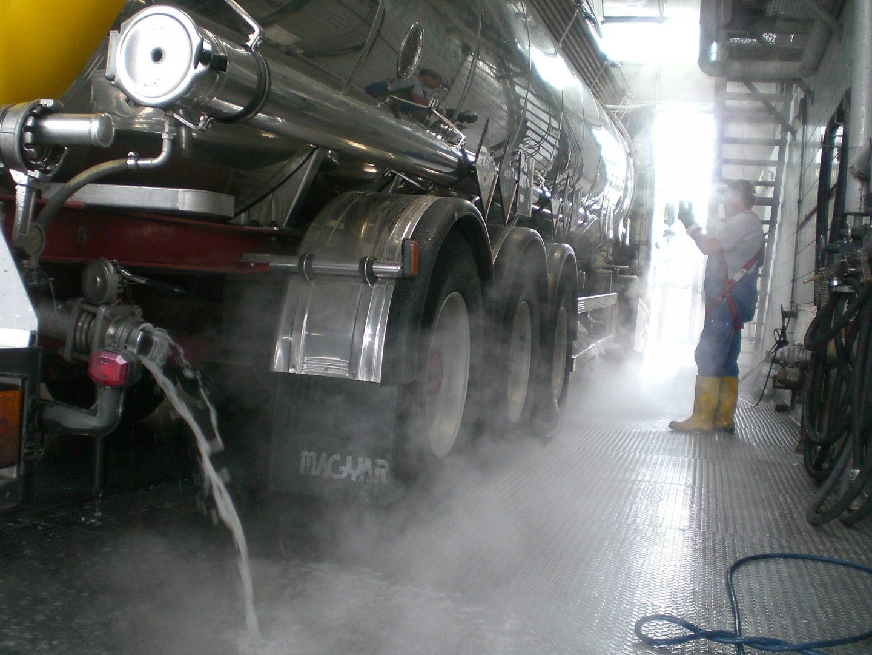 Milch-Tankfahrzeug