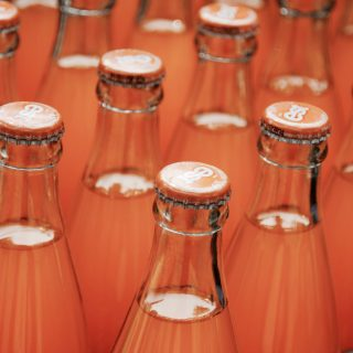 Sustainability in the beverage trade: Reusable Bottles