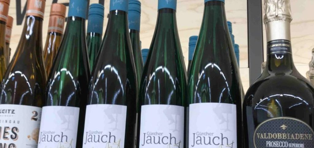 Bottles of Günther Jauch's wine