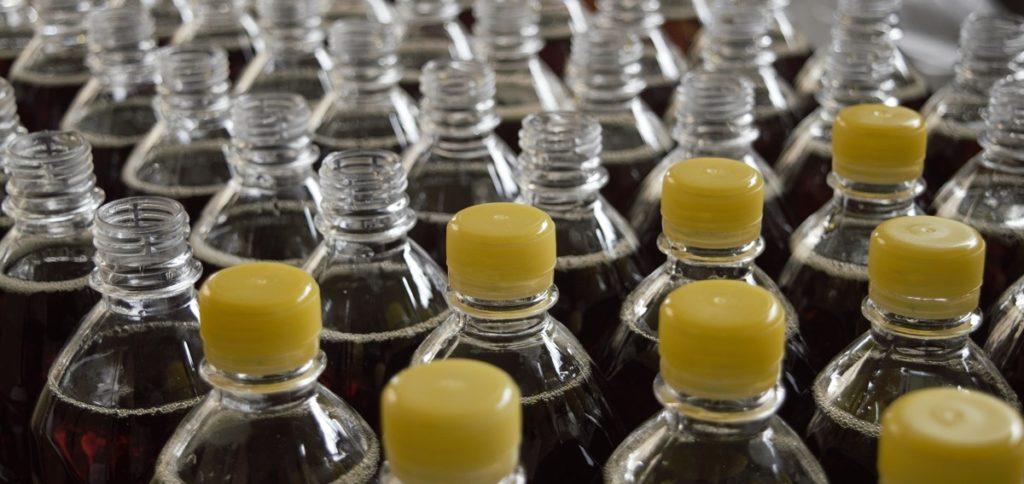 Nachhhaltige Etiketten für alkoholfreie Getränke